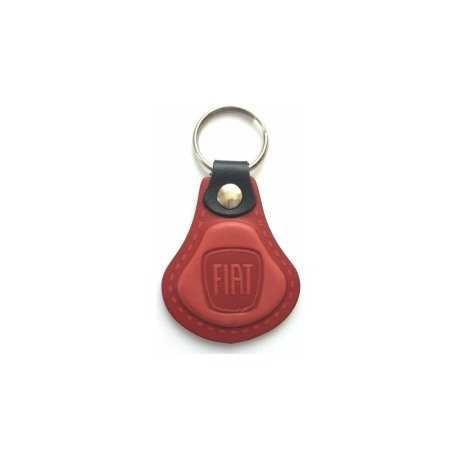 Kožená kľúčenka / prívesok na kľúče Fiat červená
