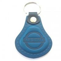 Kožená kľúčenka Nissan modrá