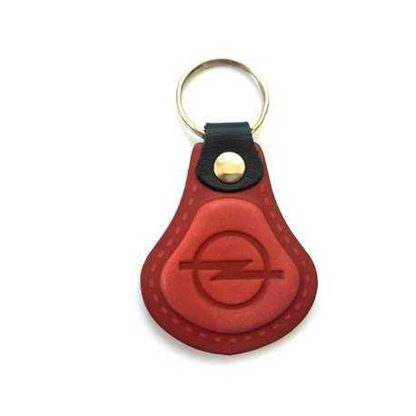 Kožená kľúčenka / prívesok na kľúče Opel červená
