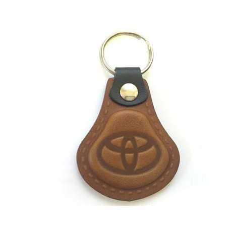Kožená kľúčenka / prívesok na kľúče Toyota hnedá