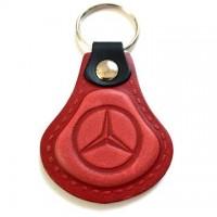 Kožená kľúčenka Mercedes červená